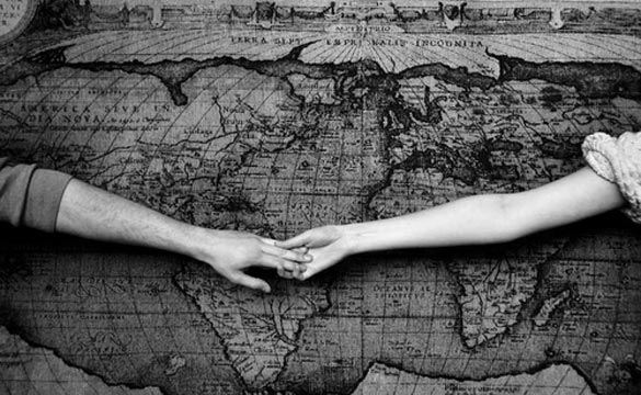 couple-holding-hands-long-distance-relationship